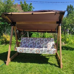 Фото отзыва о товаре Садовые качели СЕЛЕНА 3.0 (трехместные) деревянные без покраски, с матрасом