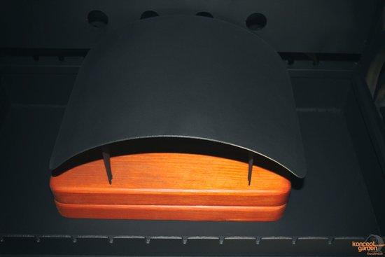Фото №7 Мангал-коптильня с крышей и столешницами МК-3