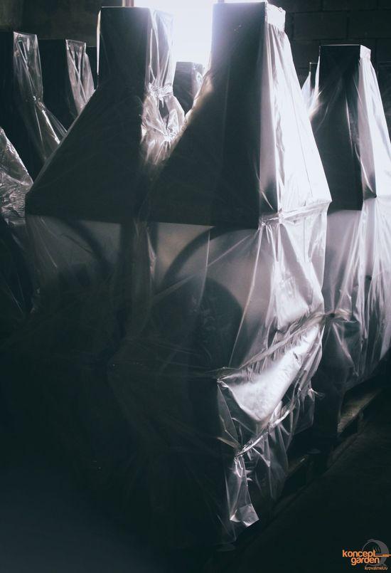 Фото №8 Мангал-коптильня с крышей и столешницами МК-3