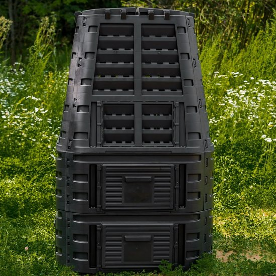 Компостер пластиковый GardenDreams (4 люка) фото