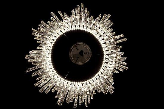 Фото №3 Светодиодная люстра с хрусталем 90050/3 хром