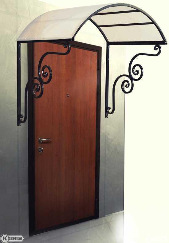 Козырек на входную дверь №1 фото