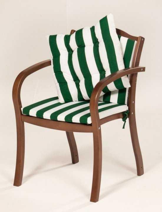Кресло деревянное с матрацами и подушкой фото