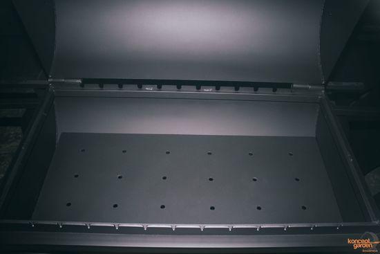 Фото №5 Мангал-коптильня с крышей и столешницами МК-7