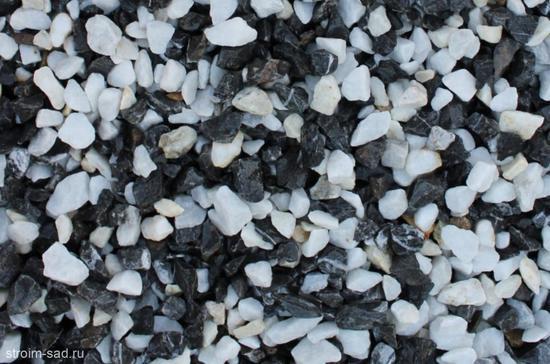 Фото №2 Щебень крошка микс (черный-белый) фр. 10-20 мм