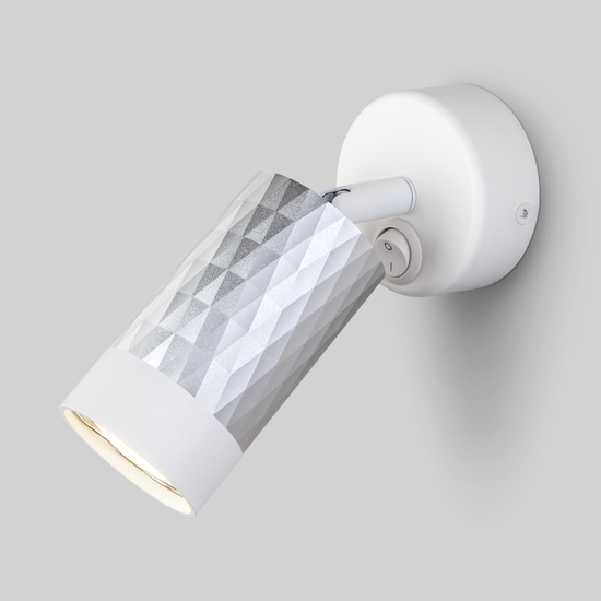Фото №2 Настенный светильник с выключателем 20088/1 белый/серебро