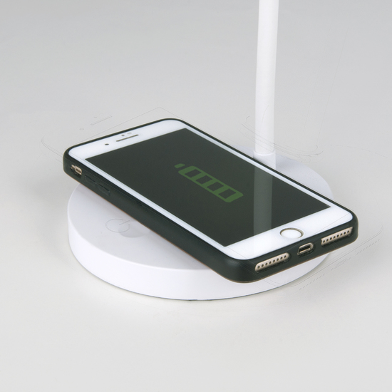 Фото №3 Светодиодная настольная лампа с беспроводной зарядкой QI Tiara белый (TL90560)