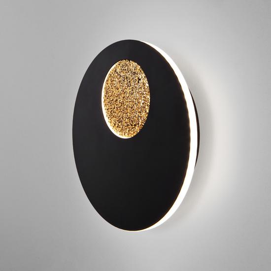 Фото №2 Настенный светодиодный светильник 40150/1 LED черный /золото