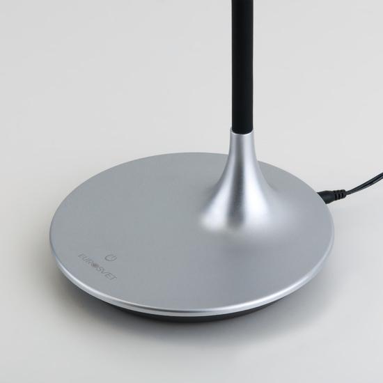Фото №7 Светодиодная настольная лампа с сенсорным управлением 80422/1 серебристый