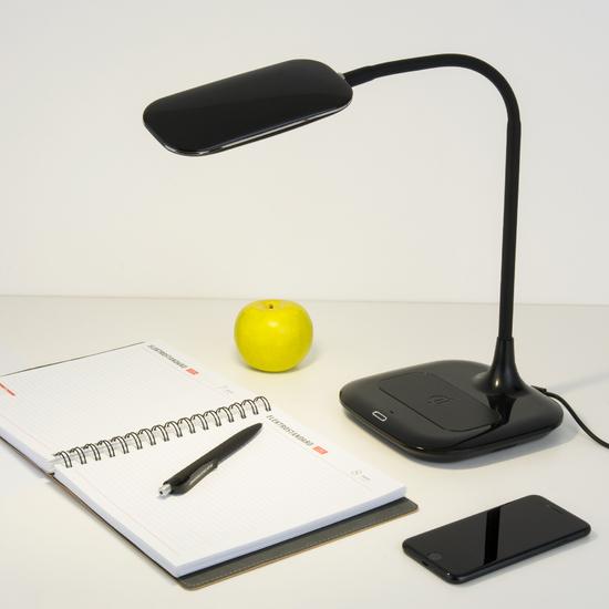 Фото №3 Светодиодная настольная лампа с беспроводной зарядкой 80419/1 черный