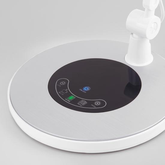Фото №5 Светодиодная настольная лампа с сенсорным управлением 80420/1 серебристый