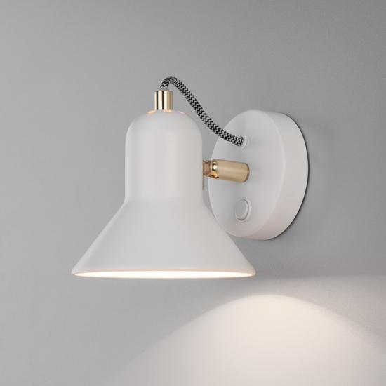 Фото №3 Настенный светильник с выключателем 20083/1 белый/золото