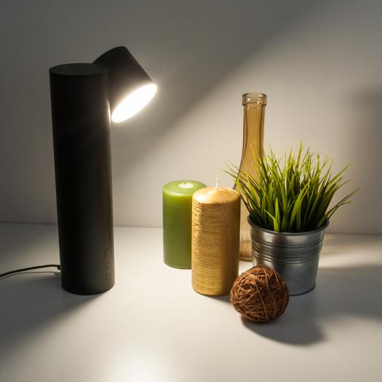 Фото №4 Светодиодная настольная лампа 80425/1 черный