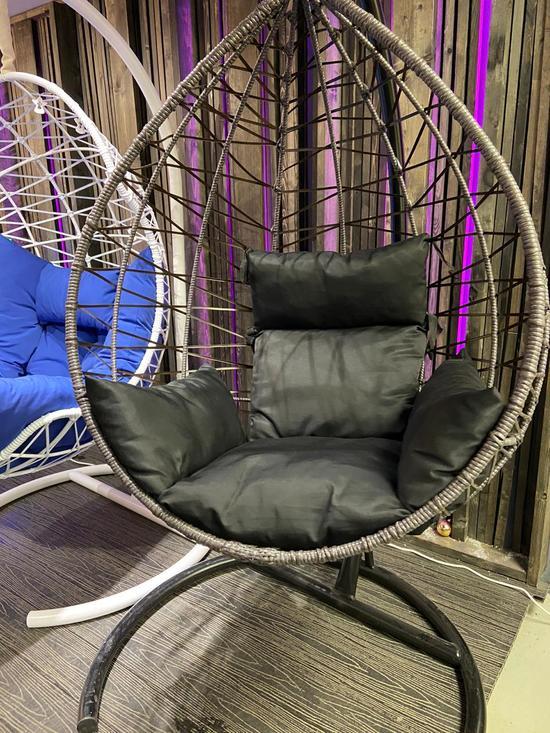Фото №2 Подвесное кресло-кокон ALICANTE Макасар Снежный