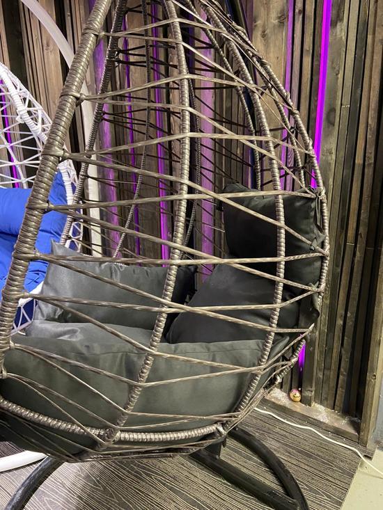Фото №3 Подвесное кресло-кокон ALICANTE Макасар Снежный