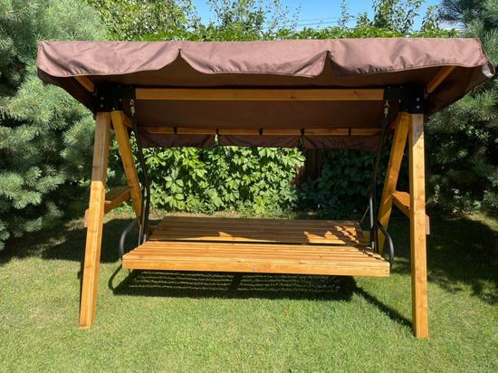 фото Садовые четырехместные деревянные качели ЛАРИКС 4.0 лиственница, с матрасом