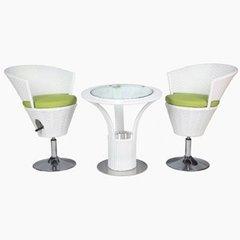 фото Барный стул со столиком из искусственного ротанга