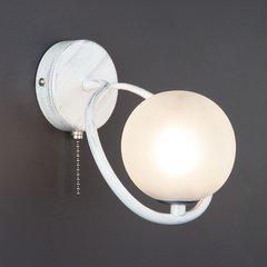фото Настенный светильник 70089/1 белый с серебром