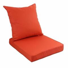 фото Подушка для мебели из водоотталкивающей ткани