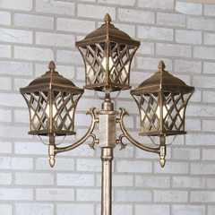 фото Уличный трехрожковый светильник на столбе IP44 Cassiopeya F/3 черное золото