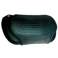 фото Массажная подушка uTenon, чёрная, 4 массажных ролика, акупунктурная накидка, прогрев, работает от сети/прикуривателя, автоотключение, GESS