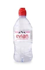 фото Вода питьевая Evian  0.75л