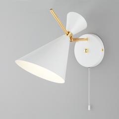 фото Настенный светильник с металлическим абажуром 70114/1 белый